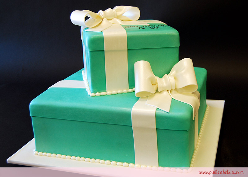 Tiffany blue box cake