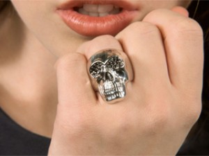 silver skull ring 